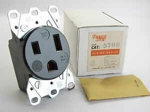 New Arrow Hart 5709 Welder Outlet 2 Pole 3 Wire 250 Vac 50 Amp Flush Receptacle Ebay