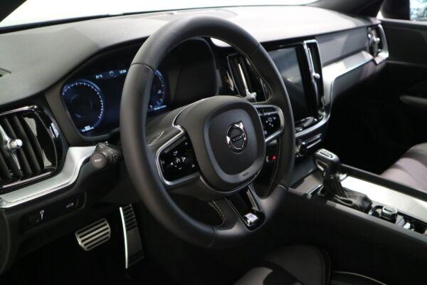 Volvo V60 2,0 D4 190 R-Design aut. - billede 4