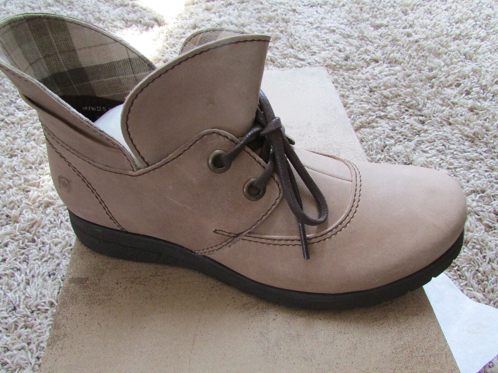 NEW BORN HAMIDS TAUPE LEATHER Stiefel damen 7.5 ANKLE Stiefel StiefelIES