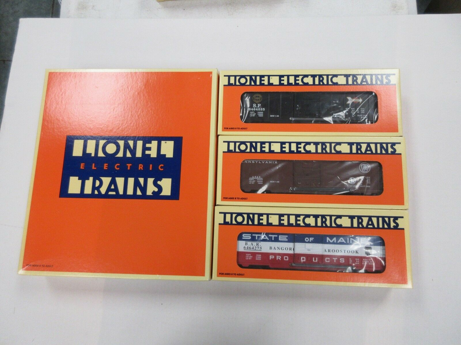 LIONEL ELECTRIC TRAINS 6464 BOXCAR SERIES 4