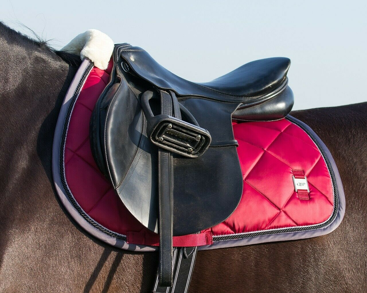 QHP rot General Purpose Full Saddle Pad