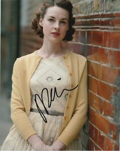 Jessica-Raine-Call-The-Midwife-Autographed-Signed-8x10-Photo-COA