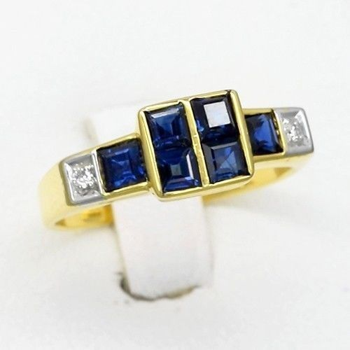 0.90 Carat t.w Natural Royal blueee Sapphire Ring With 2pcs Diamond 14K Solid gold