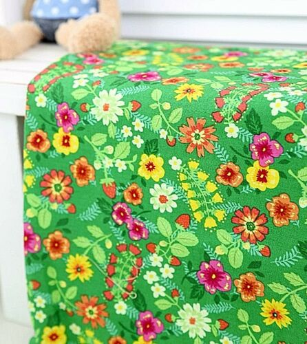 By the Yard Green Floral Quilting CCE01* Hawaiian Flower 100/% Cotton Fabric