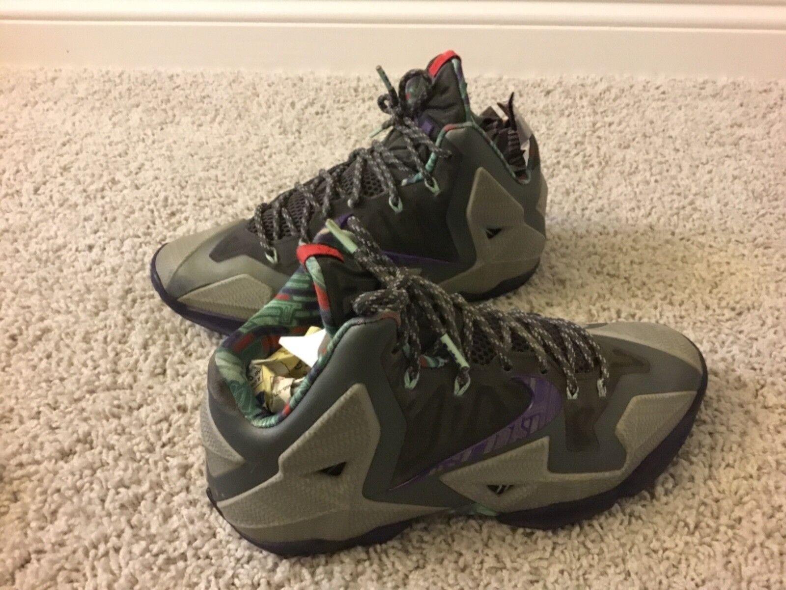 gli uomini sono sono sono nike lebron soldato atletico le scarpe taglia 9 milioni multi - colore | Italia  | Buona reputazione a livello mondiale  | Del Nuovo Di Arrivo  | Uomo/Donna Scarpa  | Uomo/Donne Scarpa  | Uomini/Donna Scarpa  d0c201