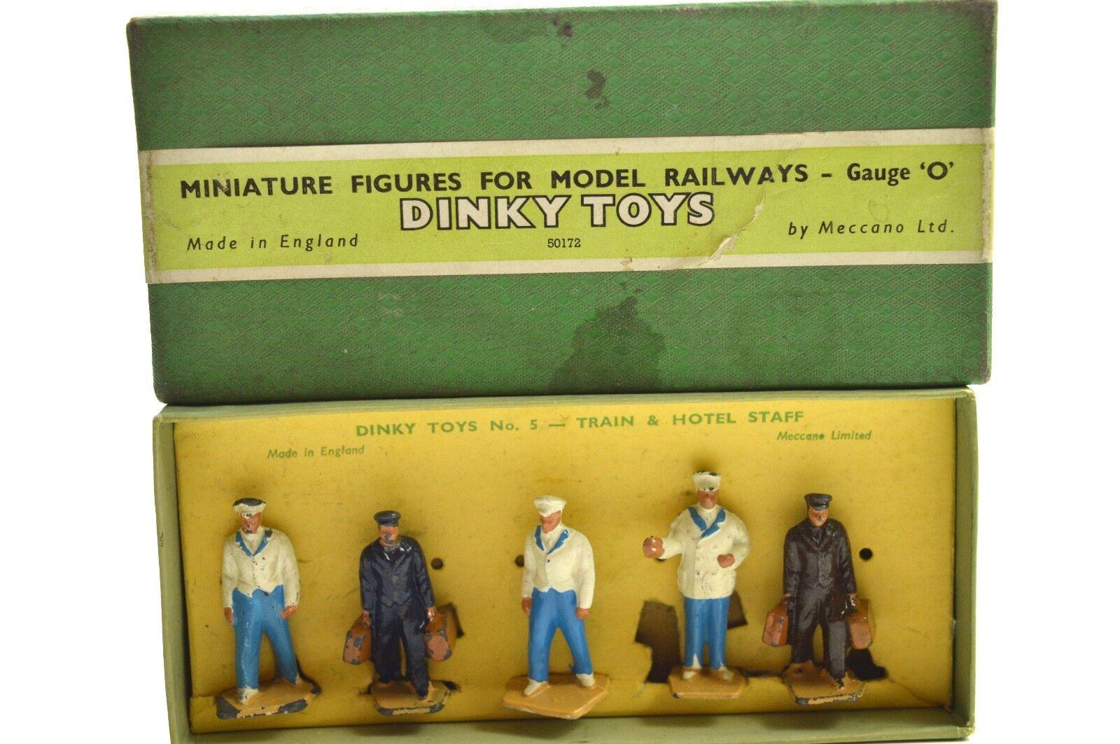 Dinky No.5 Train  & HOTEL Staff O Gauge  réduction en ligne