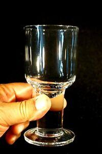 Beautiful-Orrefors-London-Wine-Glass