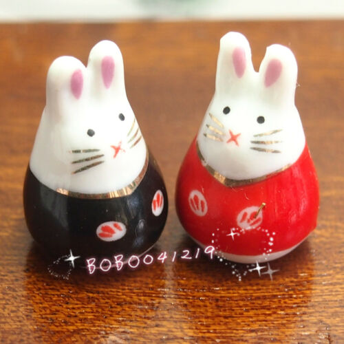 Dollhouse Miniature 1:12 Toy A pair of Porcelaine Rabbits Red Black SPO039