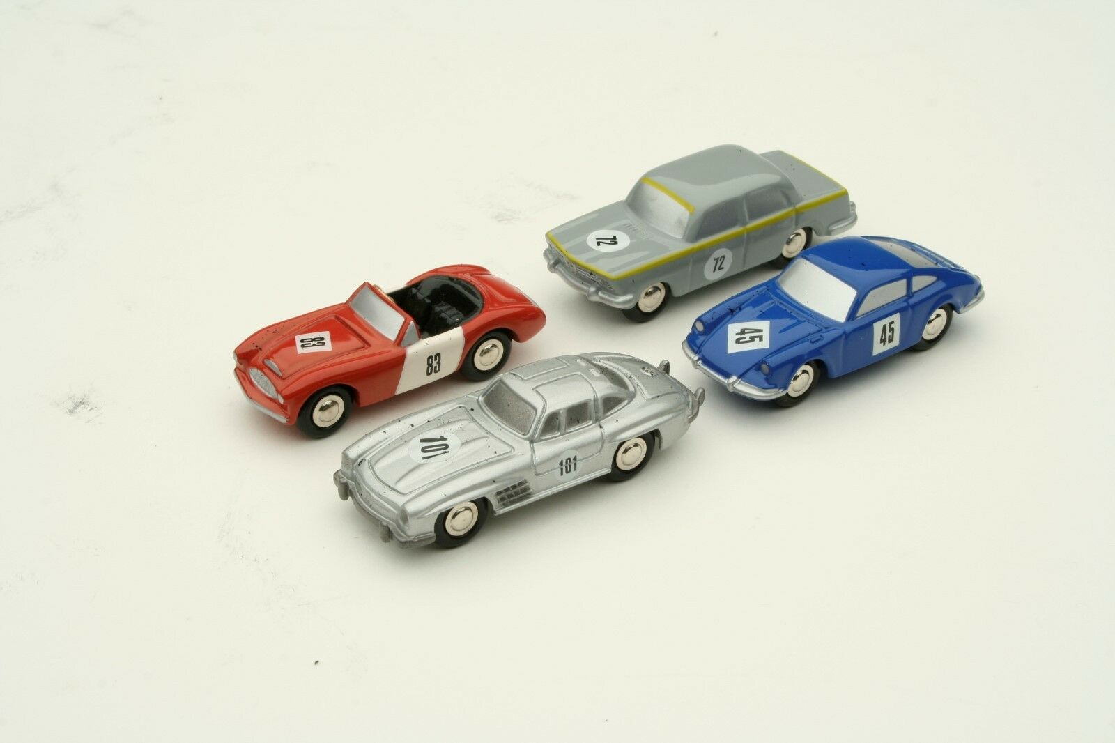Schuco Piccolo     4 Car Gift Set   Austin Healey Mercedes BMW Porsche    SHU05218 5ed88f