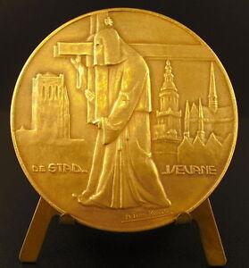 Medalla-Procesion-de-los-penitentes-a-Veurne-Boetprocessie-Stad-60mm