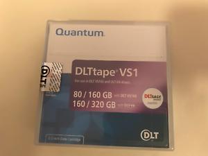 Brandneu Quantum Dlttape VS1 Klebeband Patrone - P/N #MR-V1MQN-01