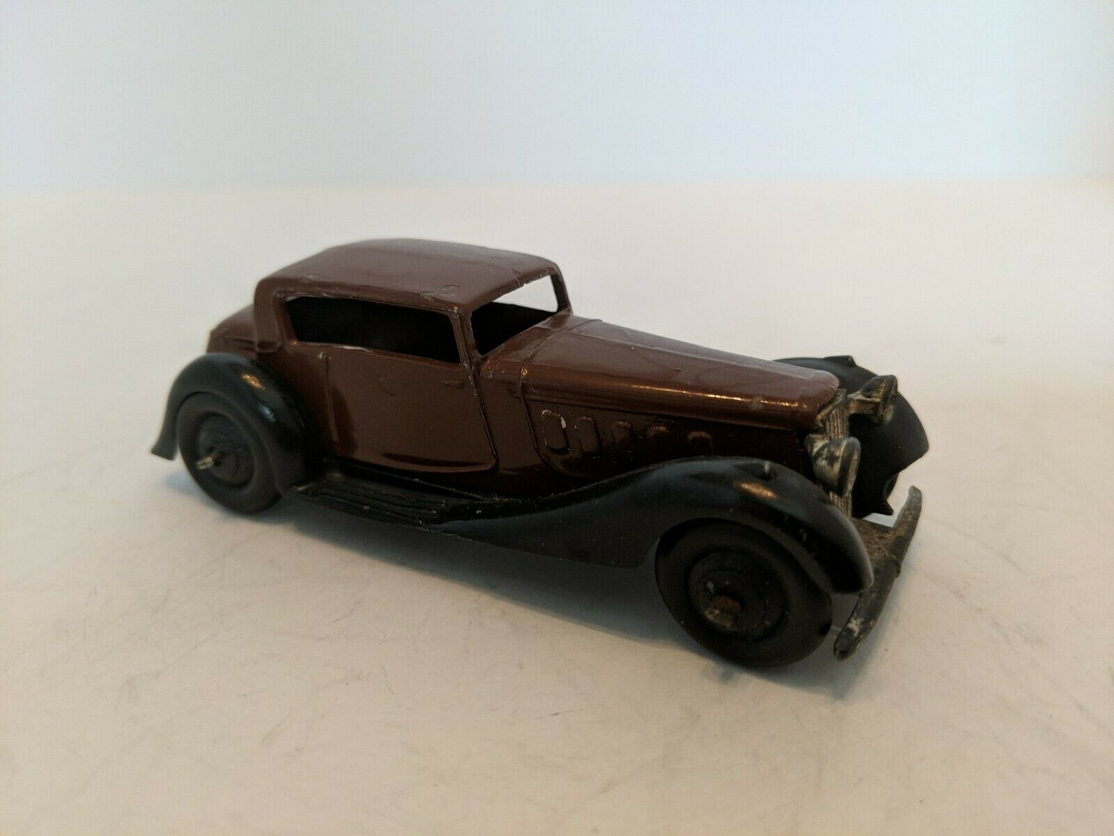 Dinky Toys 36C Humber, 1946-49. Rare in this condition.