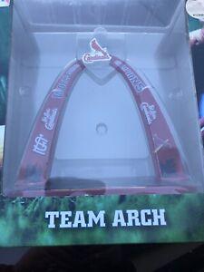 St-Louis-Cardinals-2011-World-Series-Championship-Arch