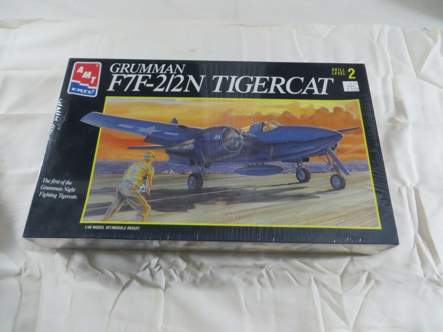 AMT 1 48  Grumman F7F-2 2N Tigercat Model Kit 8844 SEALED