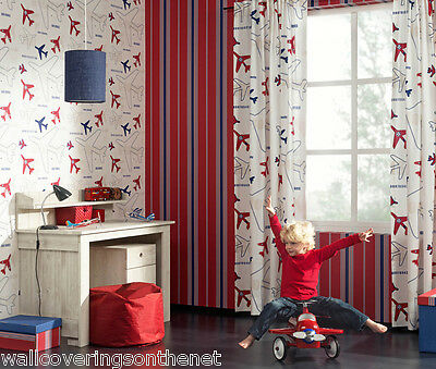 Childrens Aeroplane Wallpaper   ***£11.29 per roll inc P&P***