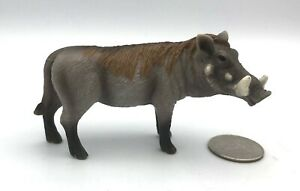 Schleich WARTHOG BOAR Male Adult Retired Figure 14611