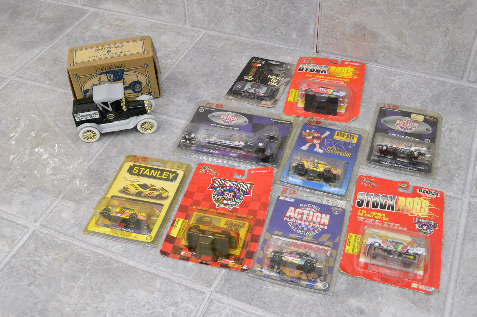 Lot of 9 Diecast Race Cars Cars Cars + Ford Cornwell Diecast  Action, Racing Champions etc 6f7795