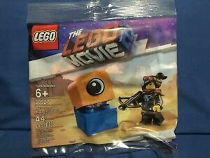 Alien Invader Polybag New Factory Sealed  2019 Lego Movie 2 30527 Lucy vs