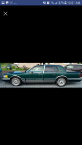 1994 Lincoln Town Car $2000 OR BEST OFFER
