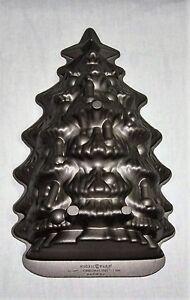 Nordic-Ware-Baking-Pan-Cast-Aluminum-3D-Cake-Mold-4-5Cup-Bakeware-Christmas-Tree