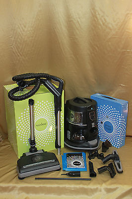 NEWEST model EXCLUSIVE Royal Line Pro ULTRA DELUXE BONUS PACKAGE w//2 exclusive air purifiers /& turbonozzle!!! Rainbow e2 vacuum renewed to like new condition Black