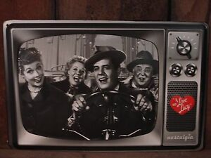 NEW I LOVE LUCY METAL DECOR OOP* classic tv show collectible retro vintage style