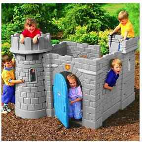 New little tikes classic castle kids outdoor garden for Little tikes outdoor playset