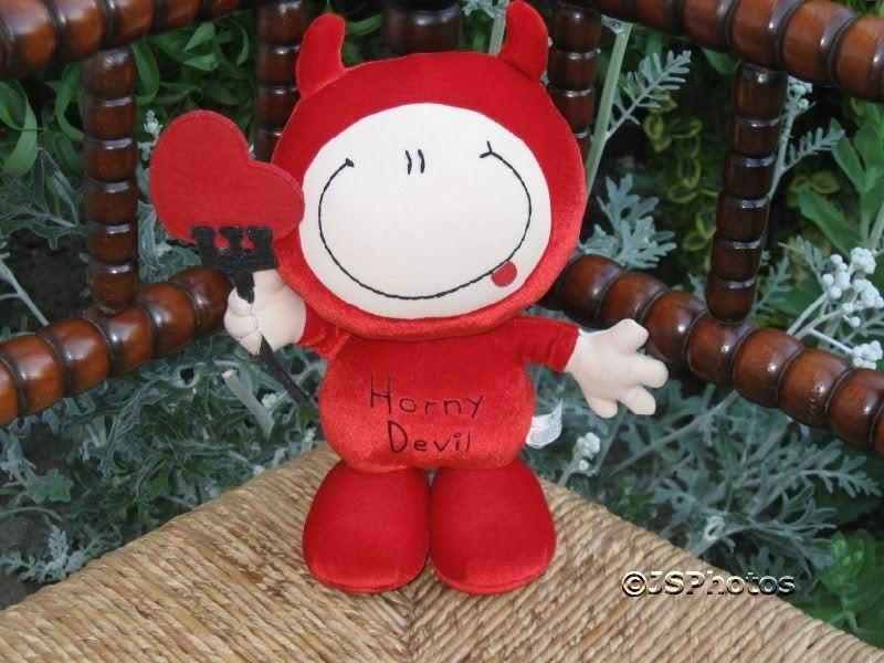 Russ Berrie UK Bubblegum Velvet Devil Doll Carlton Card