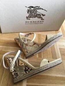 NUOVO-ORIGINALE-BURBERRY-Sandali-zeppe-tacco-alto-oro-beige-sandals-echt-Leder