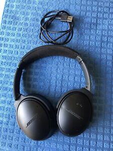 Bose QuietComfort 35 II QC35 II Wireless Headphones Noise Cancelling