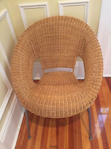 Mid Century Rattan Basket Chair With Metal Legs Ebay