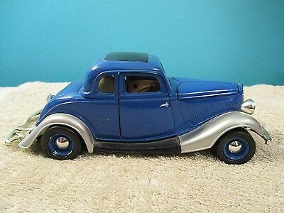 1/24 LOOSE UNBRANDED 1934 FORD COUPE
