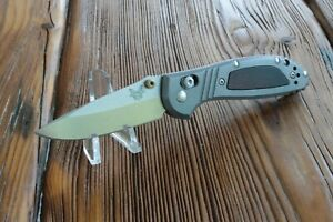 Benchmade-556-1701-Limited-Edition-Mini-Griptilian-CPM-20CV-Titanium-Wood-Inlay