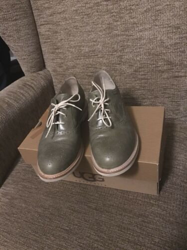 Vert Chaussures Richelieus 5 Taille Ugg 5 Caelyn qRg6wwTB