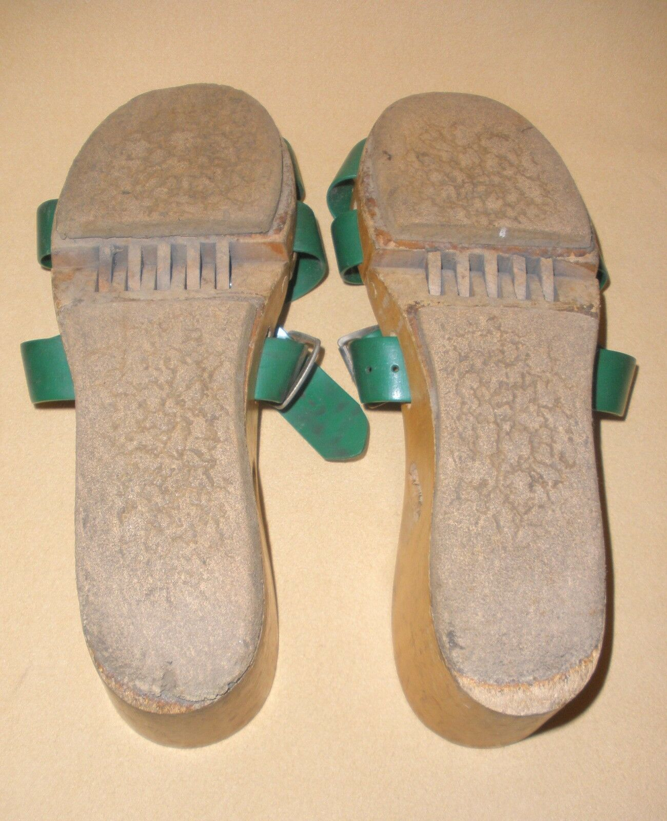 1950's Ladies Flexiclogs in Green Patent 2590648 … - image 7