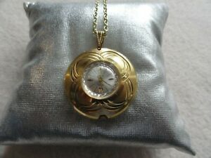 Vintage Swiss Made Capri by Mepa Mechanical Wind Up Necklace Pendant Watch
