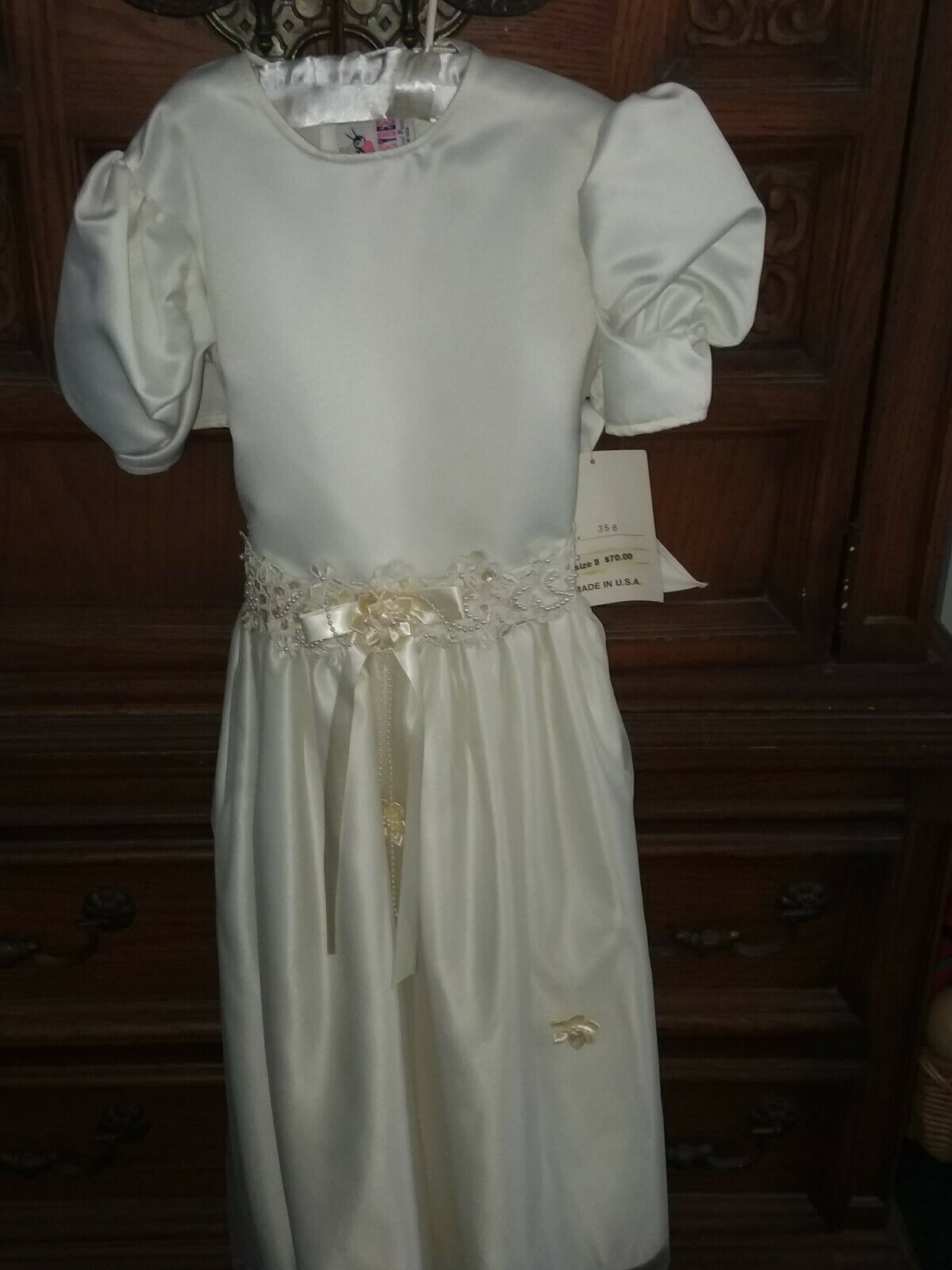 NWT FlowerGirl/First Communion/Special Occasion Dress /Tulle satin skirt size 8