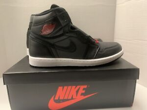Nike-Air-Jordan-Retro-1-High-OG-Black-Satin-Gym-Red-555088-060-Men-039-s-Size-10-5
