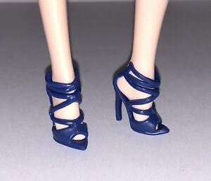 Barbie Global Glamour Sorcha  Blue High Heel  Shoes Model Muse