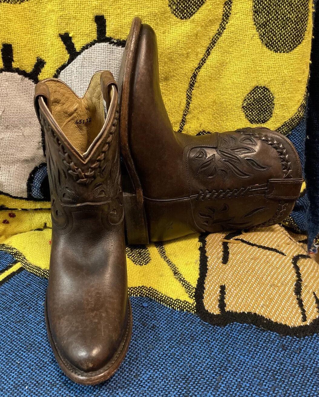 FRYE women's Brown Wyatt Overlay Short Leather Cowgirl Boot 76565 Sz 7.5B