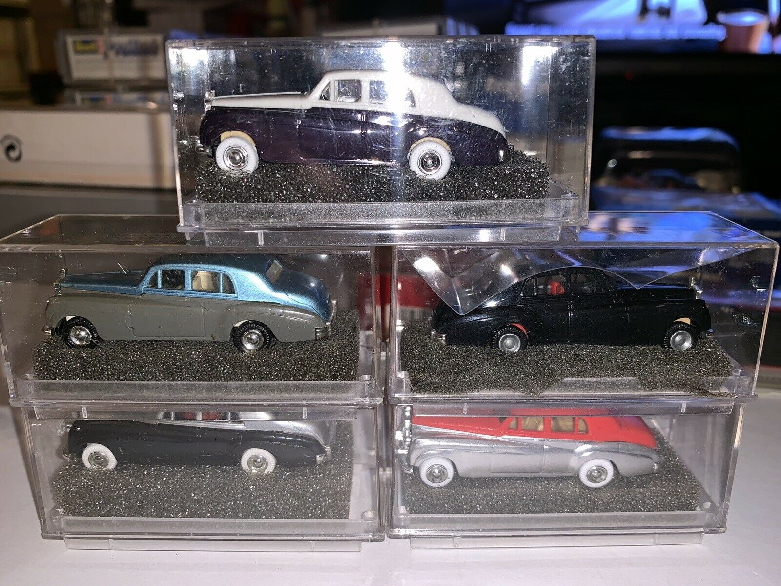 Revell Praline HO Train Scale Lot Of 5 Old Time Cars