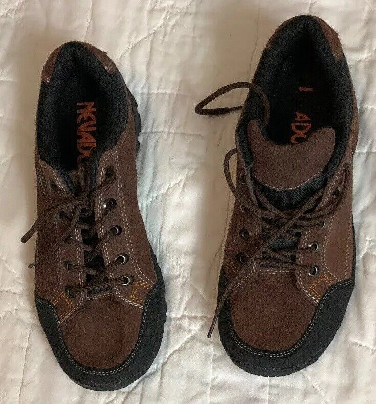 Nevados Mens Lowcut Hiking Boots 11