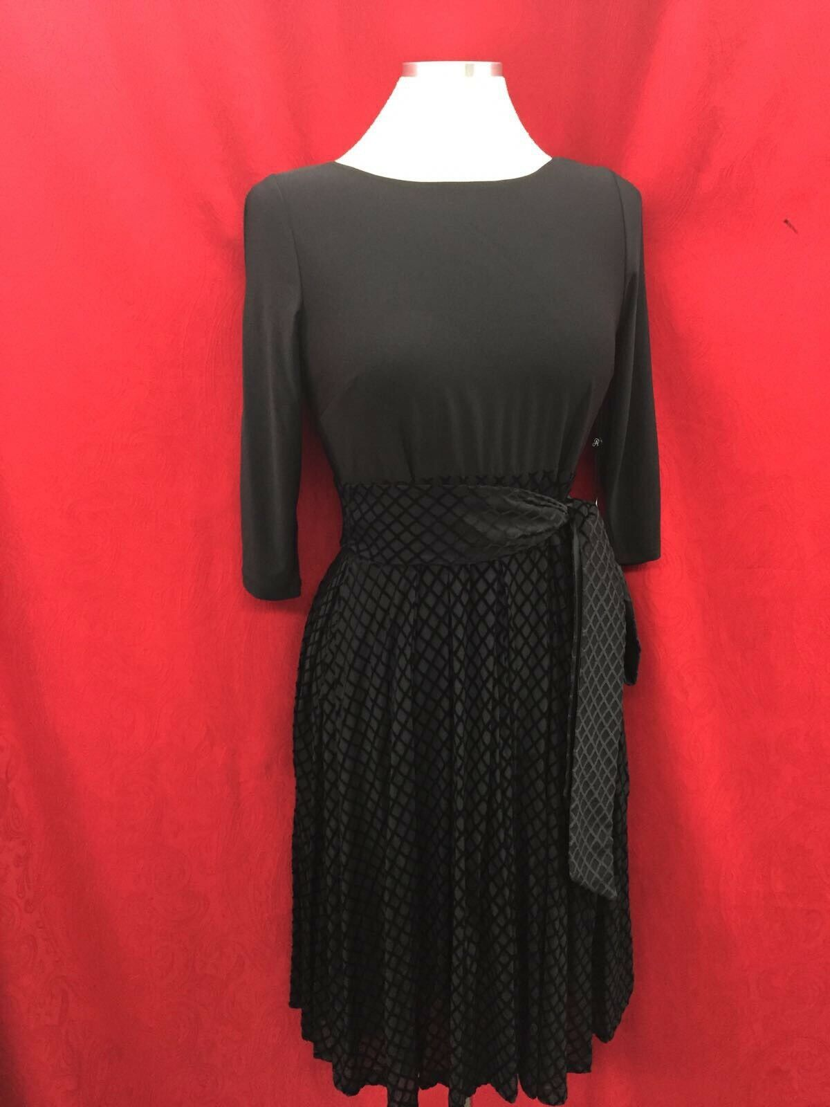 ADRIANNA PAPELL DRESS NEW WITH TAG SIZE 8 RETAIL LENGTH 40   COLD SHOULDER