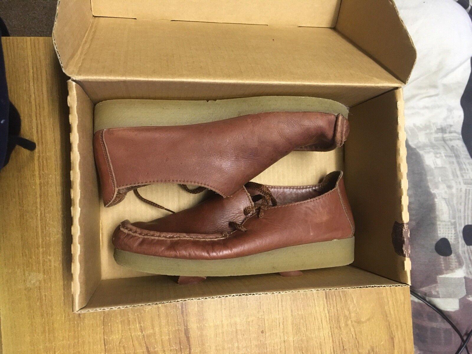 Nicholas deakins Brown shoes Size 9