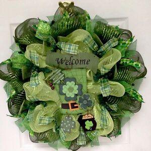 Leprechaun Shamrock Button Hat St Patricks Day Welcome Deco Mesh Wreath