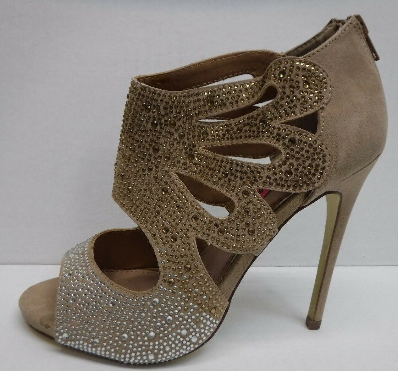 Betsey Johnson Size 8.5 Beige Heels New Womens shoes