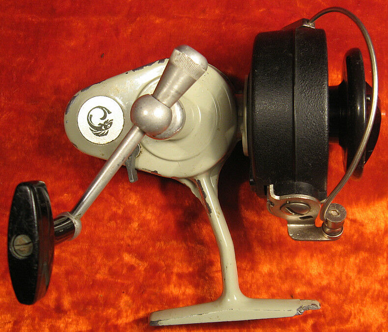 Fish Spinning Reel Inertialess Metal +Plastic VTG Soviet Russian USSR 1980's