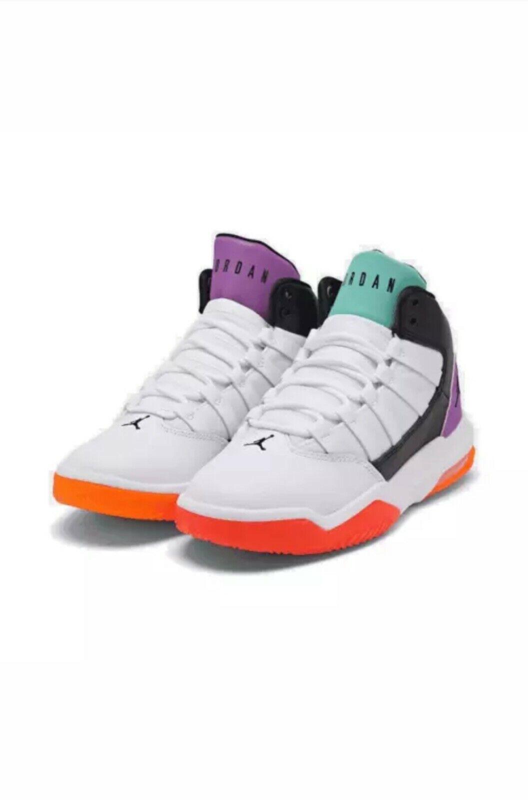 Scarpe Nike Jordan Max Aura (gs) Taglia 36.5 Aq9249 060