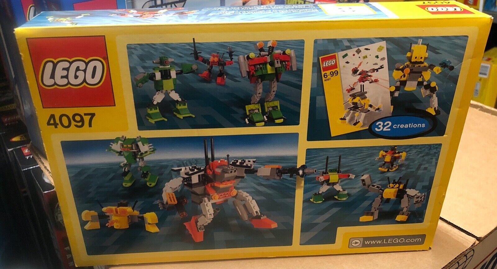 New Lego 4097 Designer Set Mini Robots 219 pieces NIB unopened