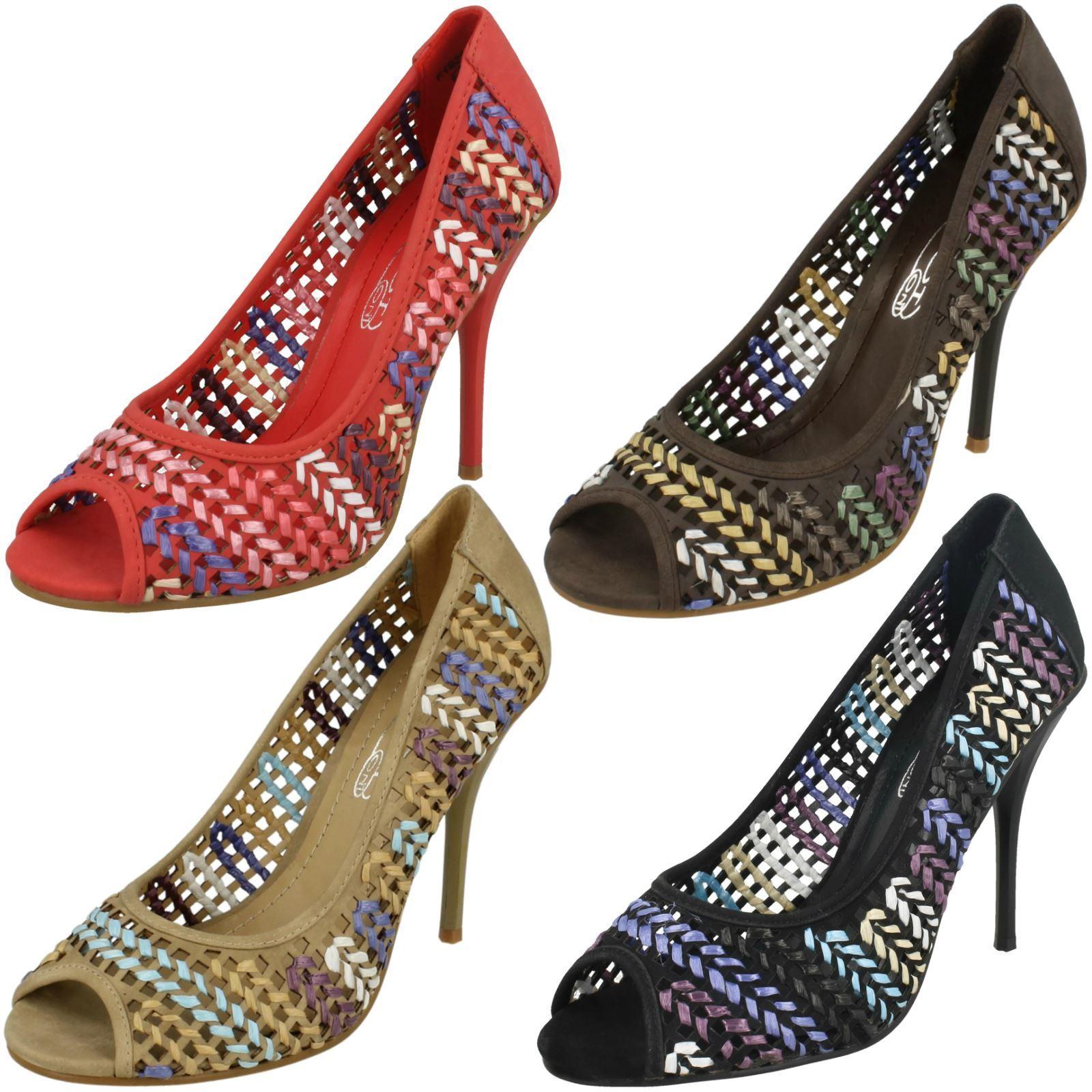 Moda jest prosta i niedroga Spot On Ladies Heeled Peep Toe Court Shoe